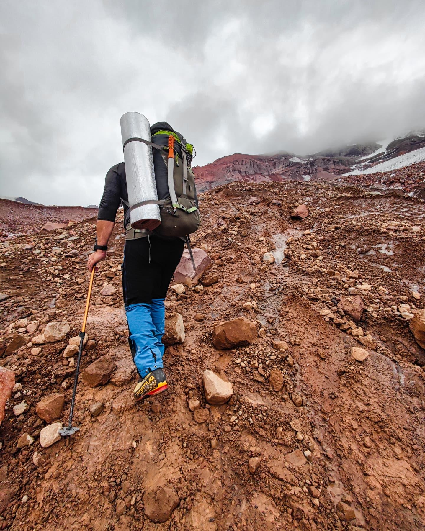 Mars kazbek climb