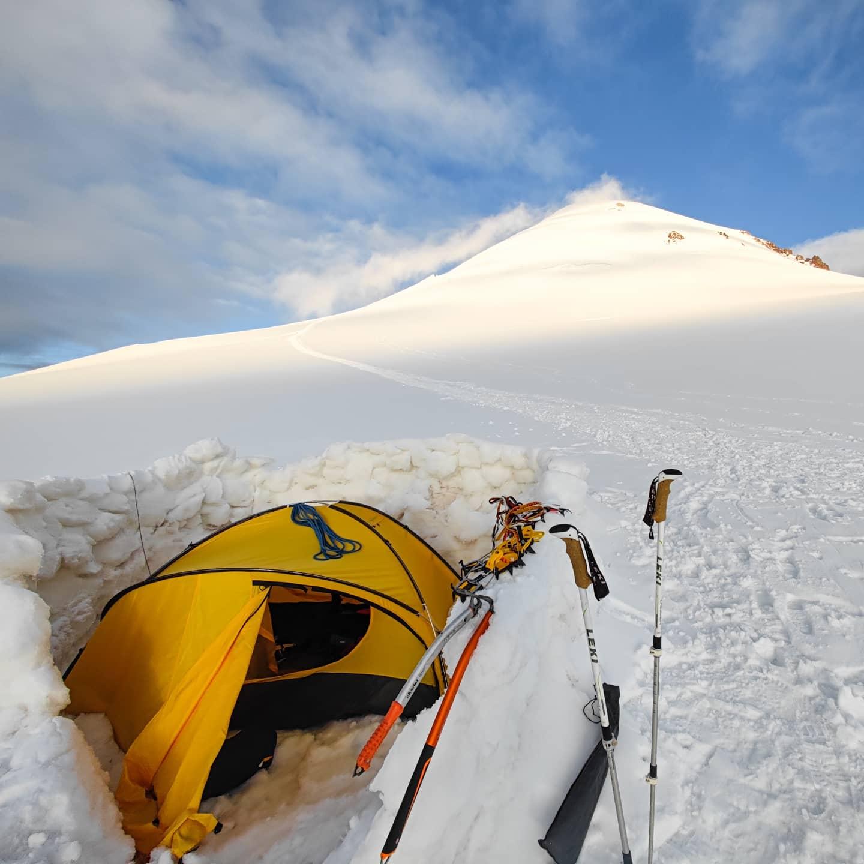 Highcamp kazbek glacier tent crampons