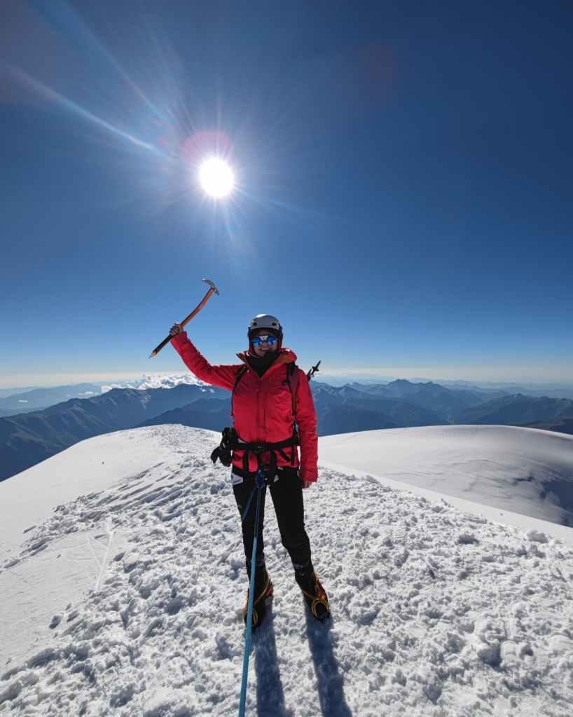 Inga Ecker summit Kazbek mountaineering glacier 5054m great weather Caucasus Russia Georgia mountain